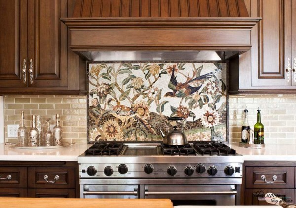 Составной фартук для кухни - из плитки и мозаики