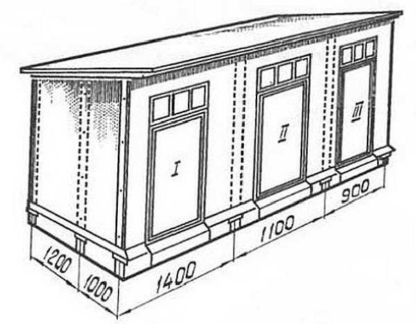 Сарай на три отделений под односкатной крышей. Пунктиром указаны места установки стоек (и опор под них)