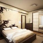 Спальня в японском стиле - естественно на стене увидеть бамбук