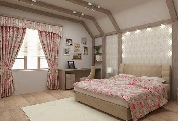 Цветочные мотивы на шторах в спальную комнату