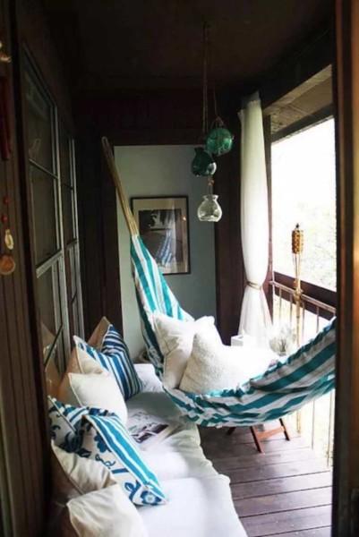 как оборудовать балкон внутри