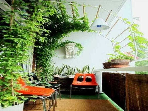 Летний сад на открытой лоджии