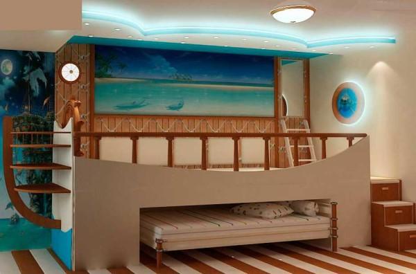 Морская тема актуальна у мальчишек, а еще с двухэтажной кроватью....