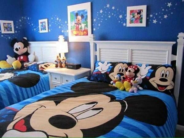 Такой дизайн детской комнаты подойдет и мальчикам и девочкам...несмотря на то, что преобладает синий цвет