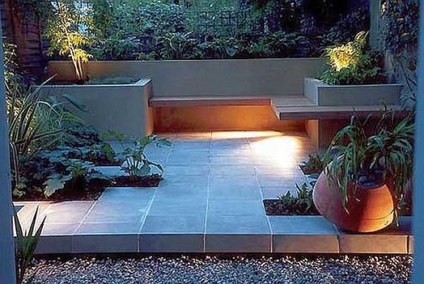 Уголок отдыха в саду в стиле модерн