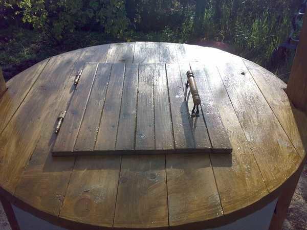 крышка на колодец из дерева
