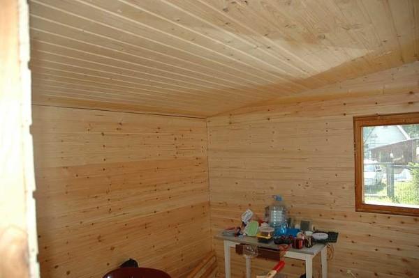 Обшивка потолка законченаОбшивка потолка закончена