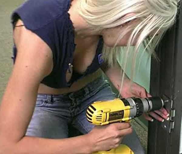 Регулировка входной двери своими руками может быть сделана даже хрупкими женскими руками))