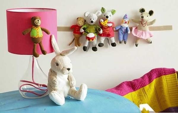 Липучка - один из простых способов найти место для мягких игрушек