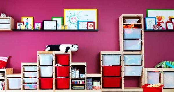 Разные стеллажи собираются в системы хранения игрушек