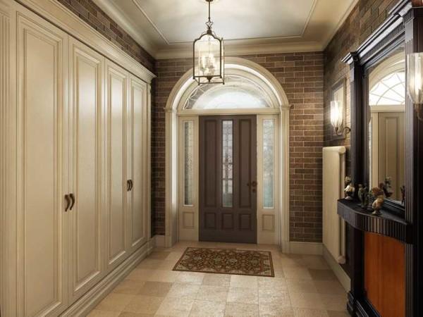 Прихожая в классическом стиле начинается с двери