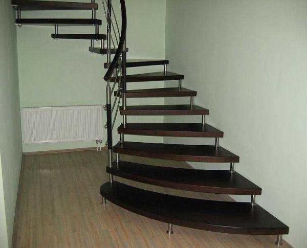 Как правильно сделать лестницу на второй этаж