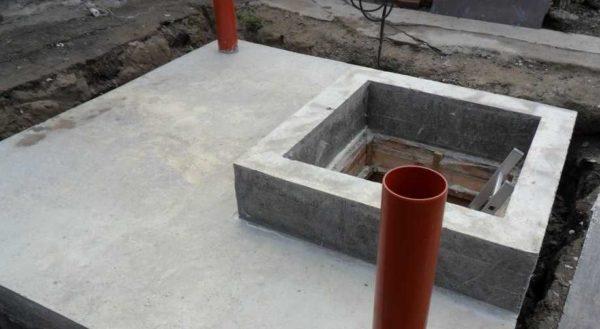 Окантовка входа в погреб из монолитного бетона