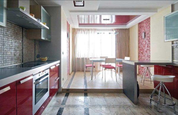 Практичный пол на кухне