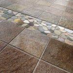 Имитация поверхности камня подойдет для укладки на террасе или открытой веранде