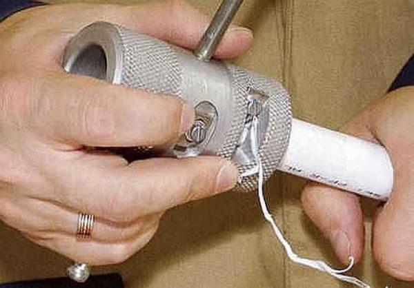 У армированных фольгой труб срезается полипропилен до фольги