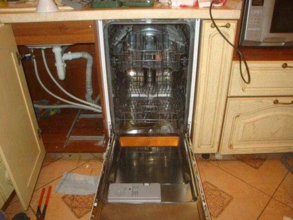 Один из примеров того, как подключить посудомойку