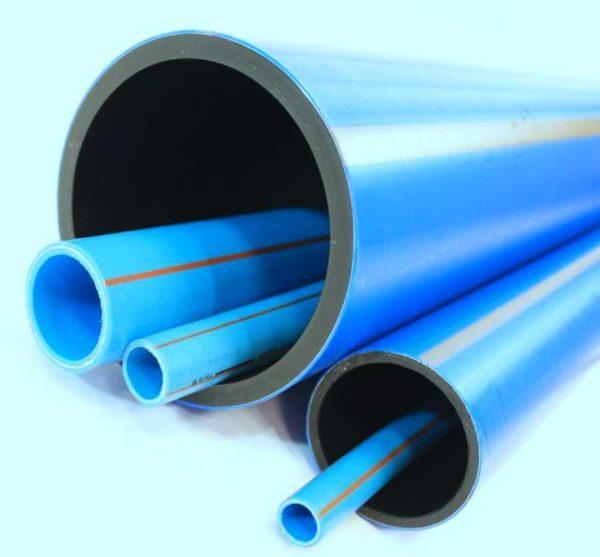 Полиэтиленовые трубы могут быть разных диаметров, с разной толщиной стенки