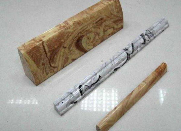 Такими могут быть керамические или мраморные