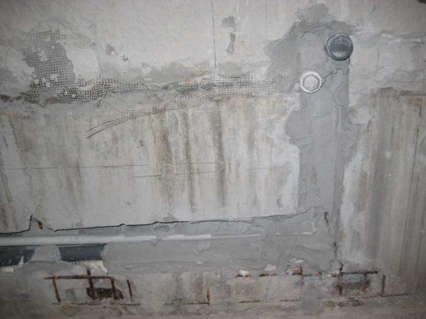 Скрытая укладка водопровода в процессе