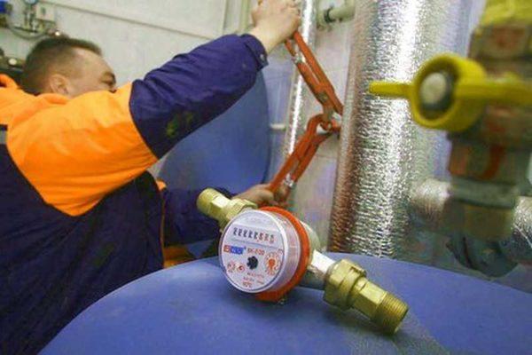 Установка теплового счетчика на отопление занимает пару часов