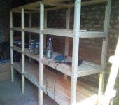 Деревянный стеллаж для гаража