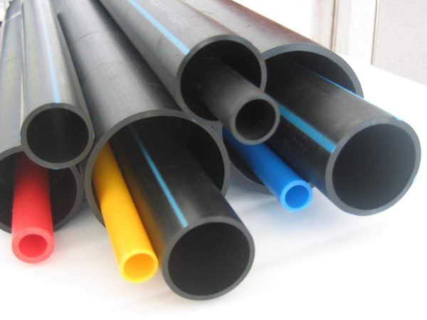 Полиэтиленовые водопроводные трубы есть разных диаметров