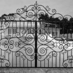 Ворота смотрятся волшебно