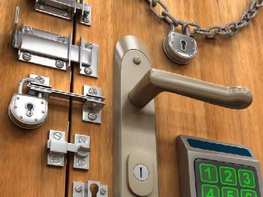 Выбор замков для металлической двери - дело серьезное