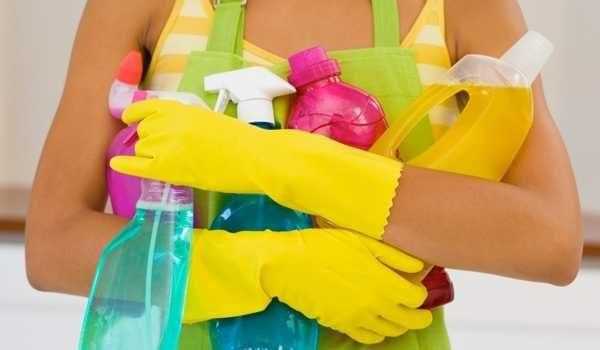 Чем и как очистить плитку в ванной зависит от типа загрязнения