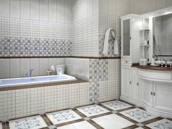 Плитка для маленькой ванной должна быть светлая и лучше - небольшого размера