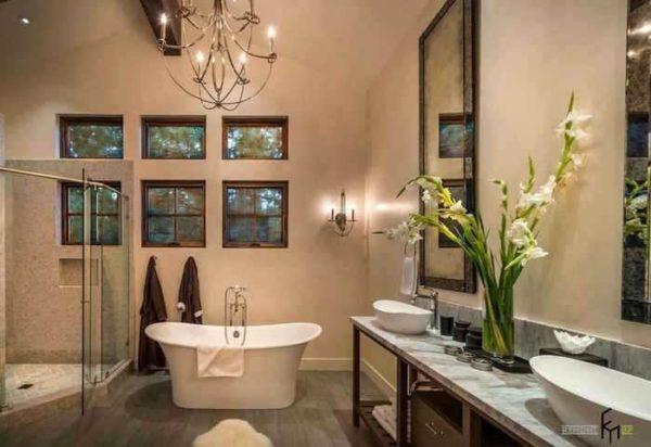 Стеклообои можно клеить во влажных помещениях - в ванной или в кухне