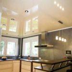 Не знаете какой потолок сделать на кухне? Может натяжной?