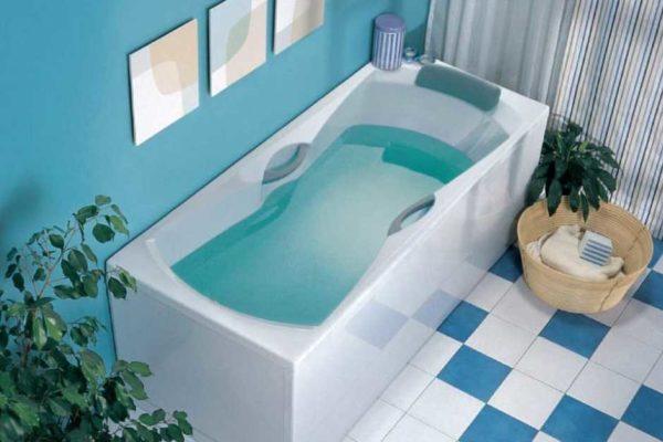 Форма акриловых ванн может быть разной