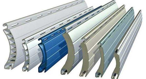 Ламели крупнее и из более толстого металла, есть заполненные пеной - для лучшей теплоизоляции