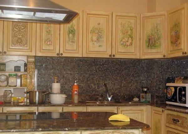Преображение старых кухонных фасадов