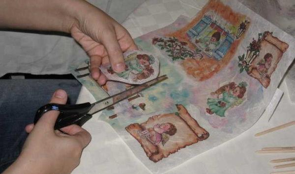dekupag-dla-nachinauchix-6-600x354 Декупаж на стекле. Как сделать декупаж по стеклу? — Строим сами