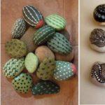 Раскрашенные камни - интересное украшения