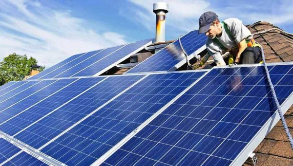 Если площадь не ограничена, можно купить солнечную батарею на поликристаллических фотоэлементах