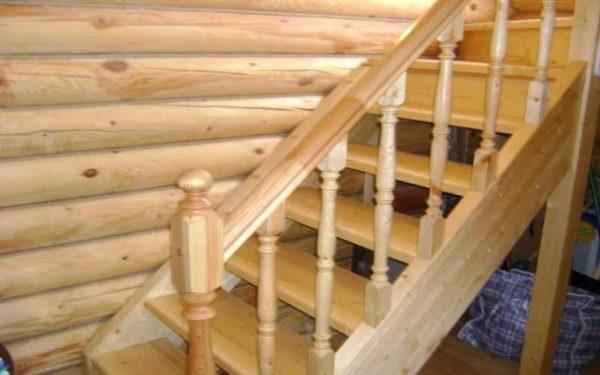 Порядок сборки лестничных перил состоит из нескольких последовательных действий