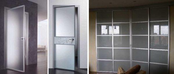 Стеклянная дверь может быть обрамлена в рамку из металла, древесины, пластика