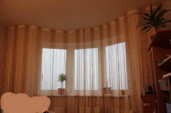Чтобы получить вот такое оформление окна, нужен гибкий карниз