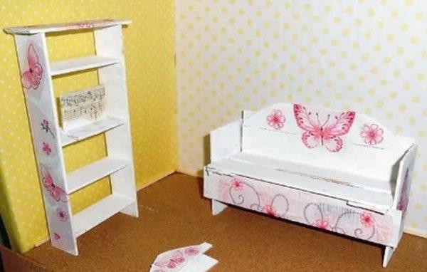 Из линеек можно делать и другие предметы мебели для кукол