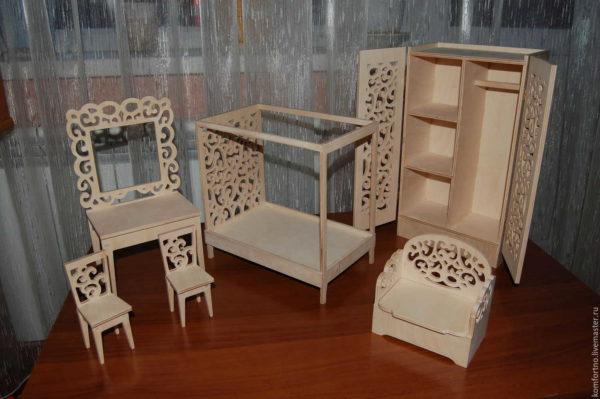 mebel-dla-kukol-47-600x399 Как сшить игрушечную мягкую мебель для кукол своими руками