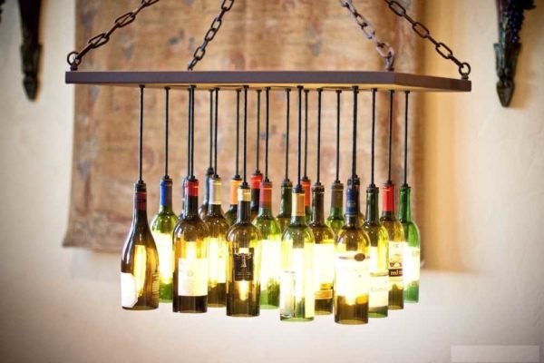 Только отпилить донышки и эксклюзивные плафоны для стильного потолочного светильника готовы