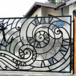Цветные вставки из поликарбоната — интересный вариант