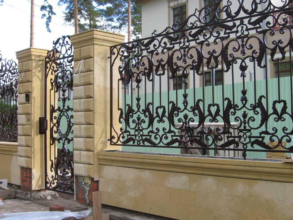 кованый забор ограждения