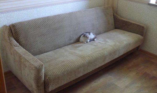 Перетяжка дивана окончена. Результат проверен))
