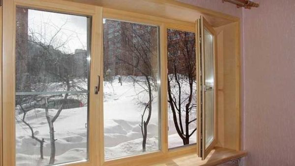 Деревянные окна - это красиво, но они требуют заботы и ухода
