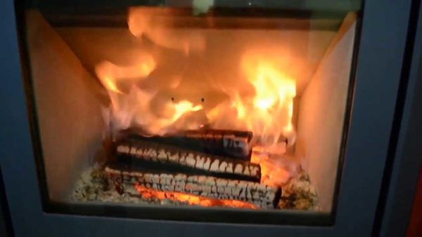 Газ полыхает под сводом - это и есть дожиг газов